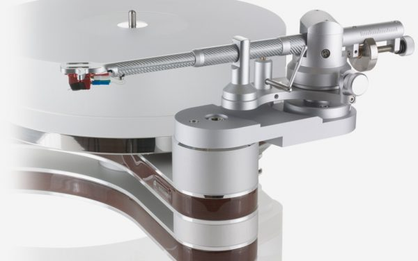 Clearaudio Universal Tonearm On Innovation Turntable