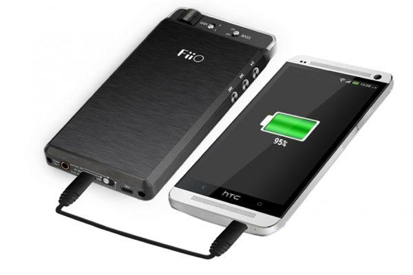 FiiO Kunlun E18 Charging HTC One
