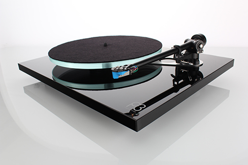 Rega Planar 3 2016 Gloss Black Offside with Mat