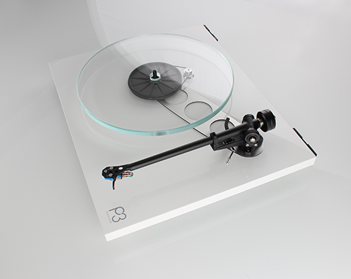 Rega Planar 3 2016 Gloss White No Mat Offside