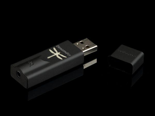 AudioQuest DragonFly Black Portable USB DAC & Headphone Amplifier 1