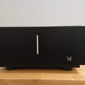 Quad Artera Stereo Power Amplifier Pre-Owned